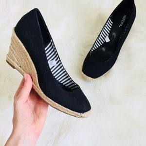Black Cloth Tan Rope Rounded Toe Wedges   8